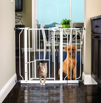 Carlson Extra Wide Walk-Through Gate with Pet Door